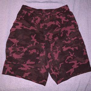 Lululemon Maroon Camouflage shorts (WITH LINING)